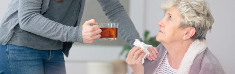 7 Simple Tips for Caregivers of the Elderly to Protect Themselves from the Flu